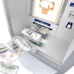 Jeśli zobaczysz bankomat, który znienacka wypluwa na ulicę wszystkie pieniądze, to nie awaria tylko prawdopodobnie jackpotting