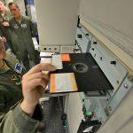 Amerykański system sterowania bronią atomową właśnie pozbył się… dyskietek. Co z ZUS?