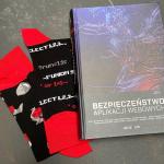 Książka sekuraka + !niebezpieczne! skarpetki gratis :-)