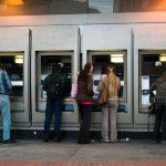 Santander [USA] – błąd w oprogramowaniu bankomatów umożliwiał wypłatę większej kwoty, niż tej która była na karcie (np. przedpłaconej). Dziesiątki osób wykorzystywały podatność…