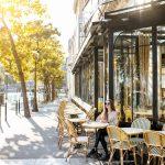 Naloty na kawiarnie we Francji – managerowie aresztowani bo… nie przechowywali logów połączeń kawiarnianego WiFi