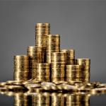 Mistrzowie socjotechniki… przekonali mieszkankę Lublina do dostarczenia im reklamówki z 5 kilogramami w złotych monetach